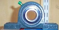 Pillow block self lubricating bearing - 20mm bore