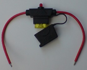 20 Amp automotive blade fuse holder with LED indicator